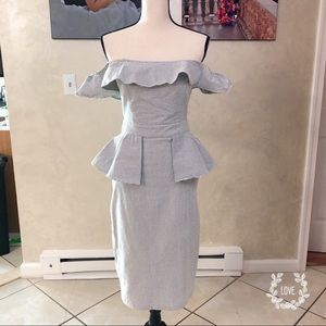 Dresses & Skirts - Peplum off the shoulders sucker-seer dress